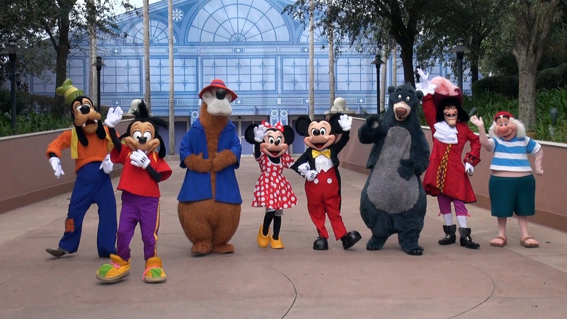Private Meetings With Your FavoriteDisney Characters
