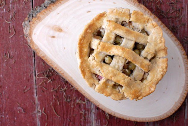 Snow White's Gooseberry Pie From Snow White And The Seven Dwarfs 1