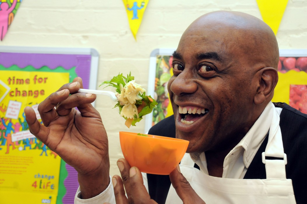Ainsley Eats the Streets