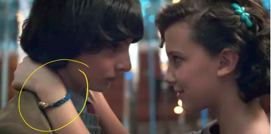 Now take a look at what Eleven is wearing in Season 2