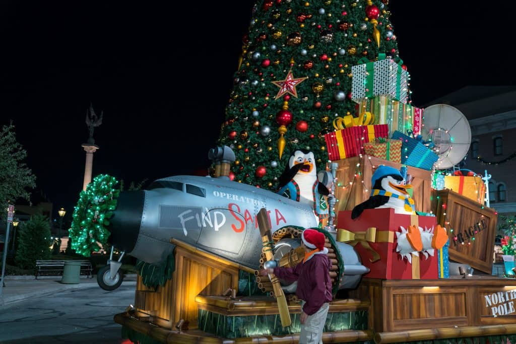 Grinchmas and Universal's Holiday Parade featuring Macy's