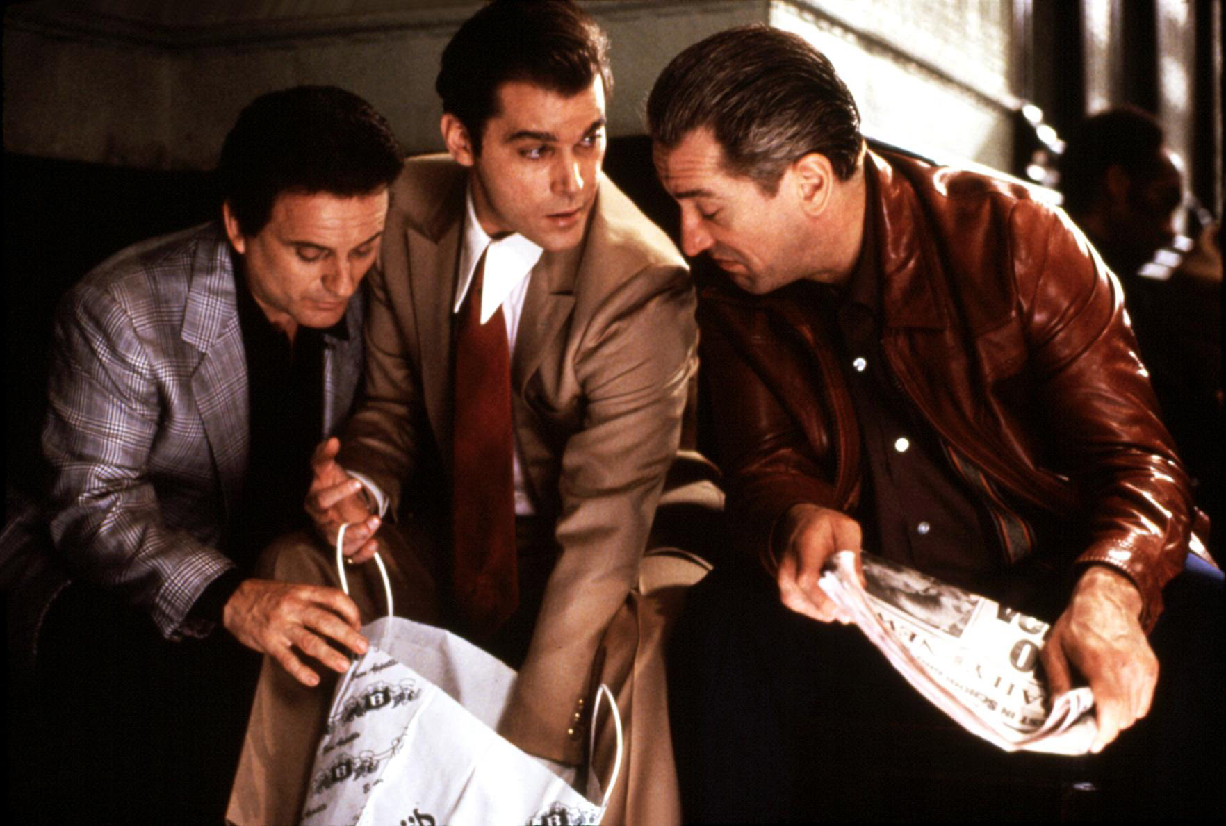 Goodfellas love music in the movie